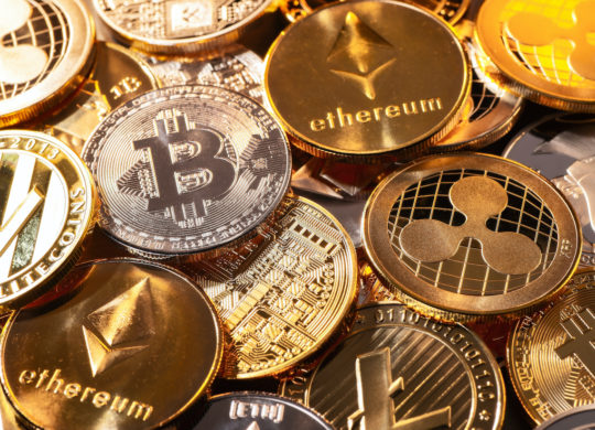 Bitcoin Ethereum Pieces