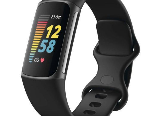 Fitbit Charge 5 Leak 1