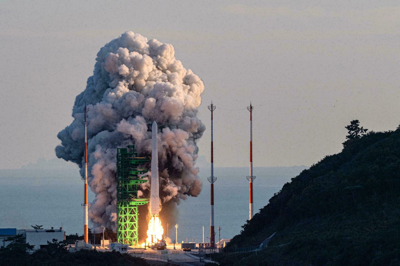 Image article La Corée du Sud échoue lors de sa première mise en orbite de satellite 100% nationale
